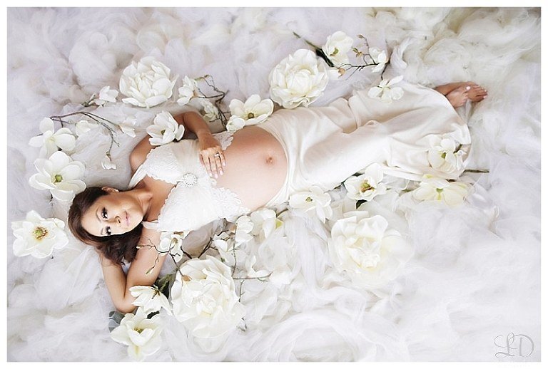 beautiful soft maternity photoshoot-lori dorman photography_0199.jpg