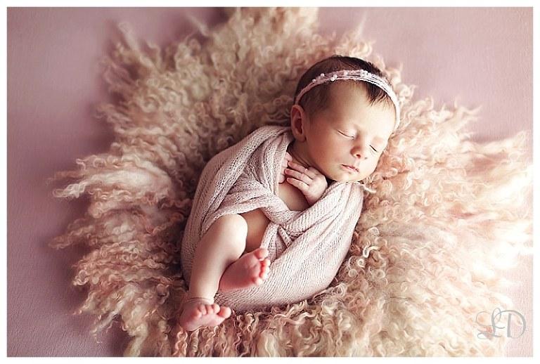 newborn photoshoot-home newborn-lori dorman photography-family photography-children photography_1099.jpg